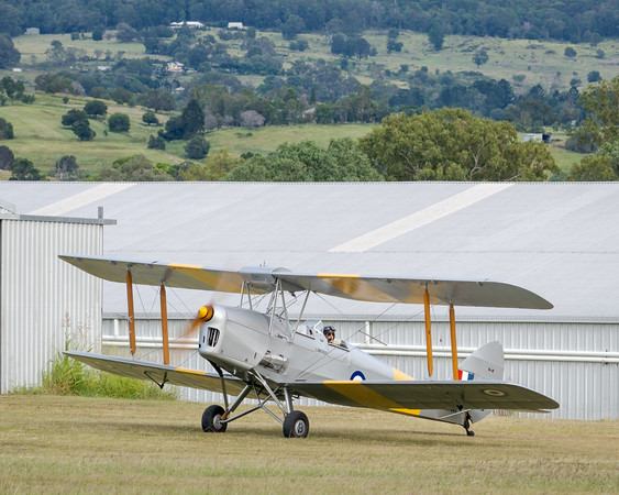 _7R46585 -  De Havilland DH.82A Tiger Moth VH-WII preparing to taxi at the Airsport Qld breakfast fly-in.