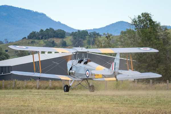 _7R46629 -  De Havilland DH.82A Tiger Moth VH-WII takes off at the Airsport Qld breakfast fly-in.