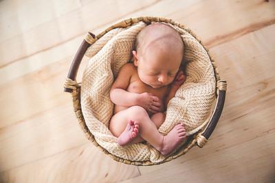 Calen Newborn-9