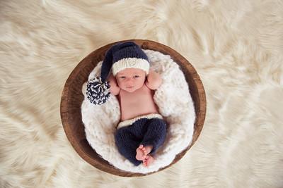 Waylon Newborn-7