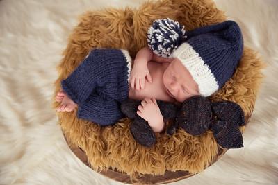 Waylon Newborn-13