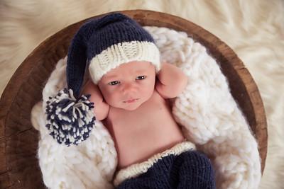 Waylon Newborn-8