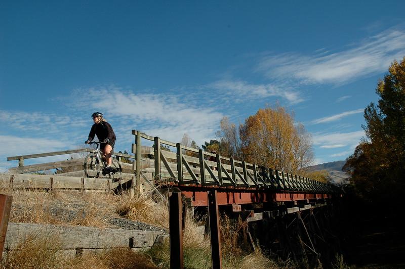 Clyde - Alex - Muttontown Bridge Autumn