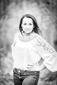Senior Natali Gomez April 2015-024