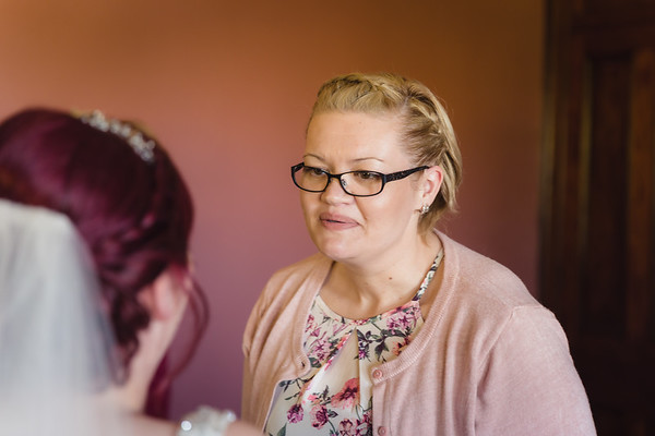 17_Bridal-Prep_She_Said_Yes_Wedding_Photography_Brisbane
