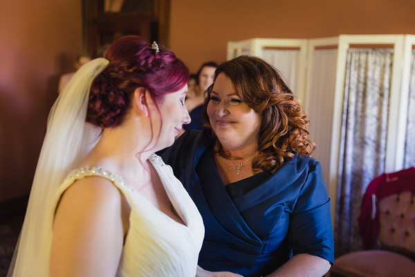 16_Bridal-Prep_She_Said_Yes_Wedding_Photography_Brisbane