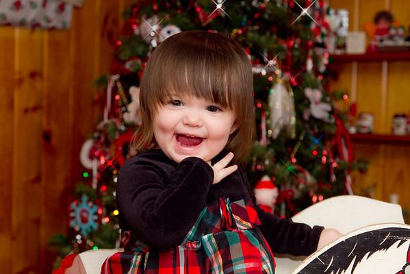 Ellie_Kiesinger-Christmas-2012