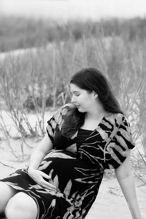 Tiffany + Josh Maternity