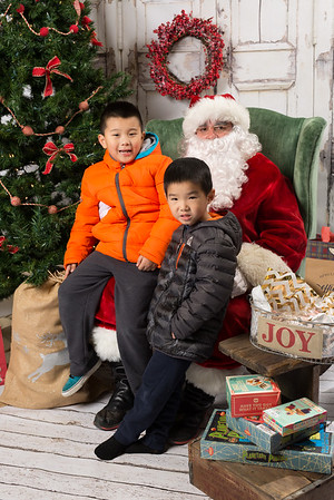 Santa-7544_full-187
