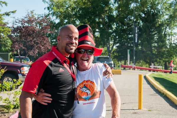 20160729_FANS_TAILGATING_STA0043EB
