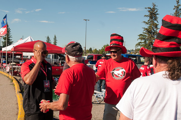 20160729_FANS_TAILGATING_STA0039EB