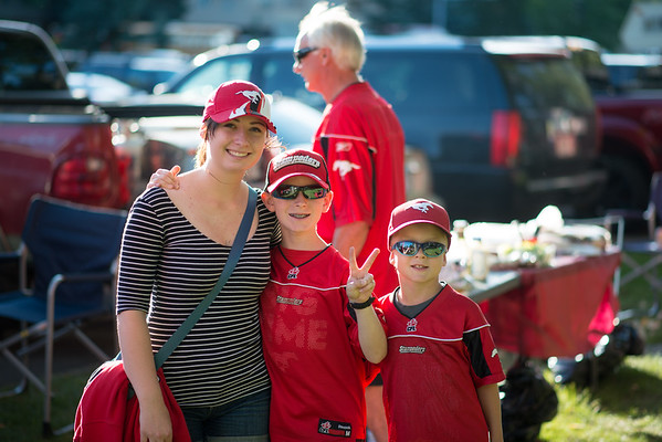 20160729_FANS_TAILGATING_STA0103EB