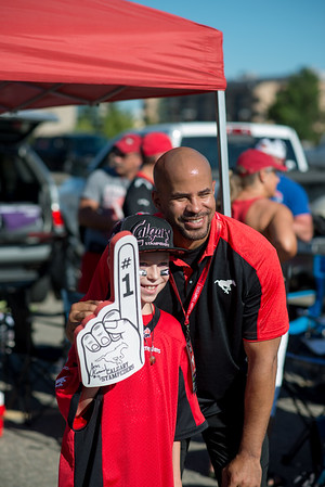 20160729_FANS_TAILGATING_STA0034EB