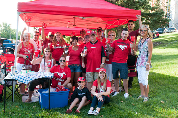 20160729_FANS_TAILGATING_STA0111EB