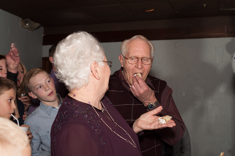 2016-2-6_60th_wedding_anniversary_candids