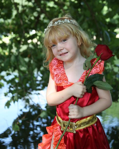 Kaylee Meets a Princess
