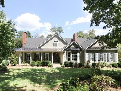 805 Old Mill Road, Chapel Hill. 6,274 sqft. 4/4/2. Sold for $1,300,000