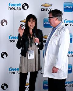 Shira Lazar interviews Tom Dickson, the man behind Blendtec.