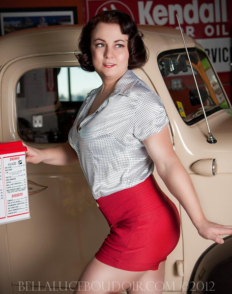 19-Miss M - Pinup