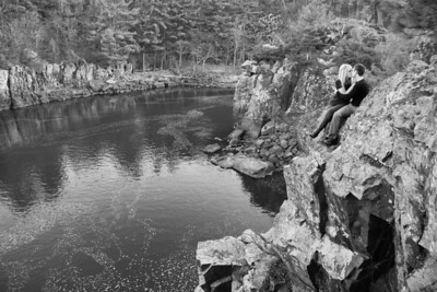 199_engagement_photography_taylors_falls_minnesota_lead_image_photography_aaron_and_megan