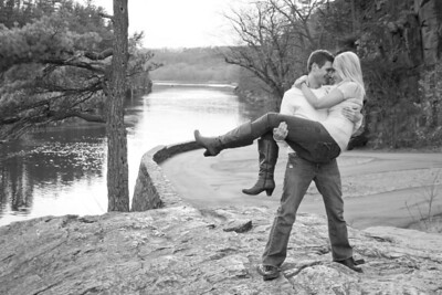 250_engagement_photography_taylors_falls_minnesota_lead_image_photography_aaron_and_megan