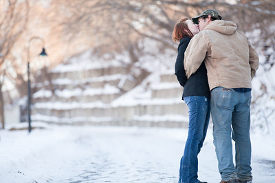 Engagement_photos_minneapolis_lead_image_John_Rachel-6