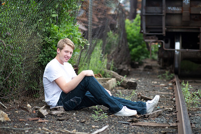 senior_portraits_minneapolis_centennial_high_school_lead_image_photographer_tyler_l-113