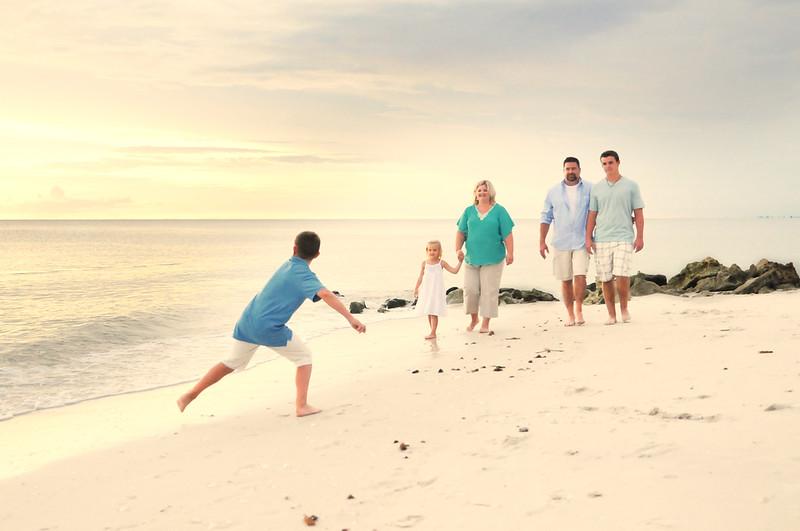 Angie Birch Naples Beach Family Photo Shoot 206.JPG