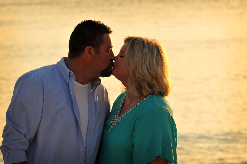 Angie Birch Naples Beach Family Photo Shoot 435.JPG