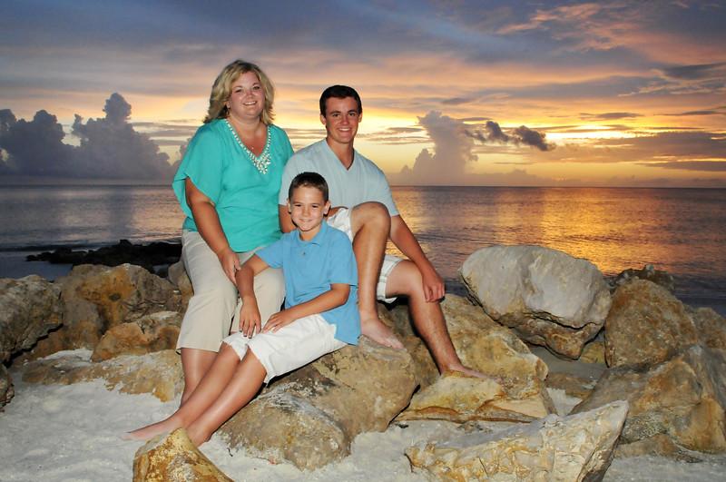 Angie Birch Naples Beach Family Photo Shoot 577.JPG