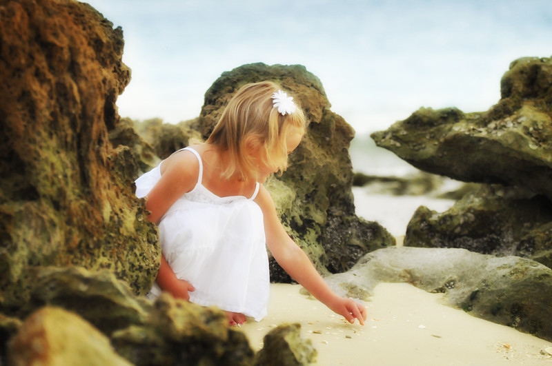 Angie Birch Naples Beach Family Photo Shoot 268.JPG