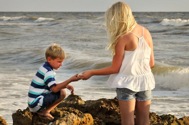 SWFL family beach photography Clarrisa LSP 020.JPG