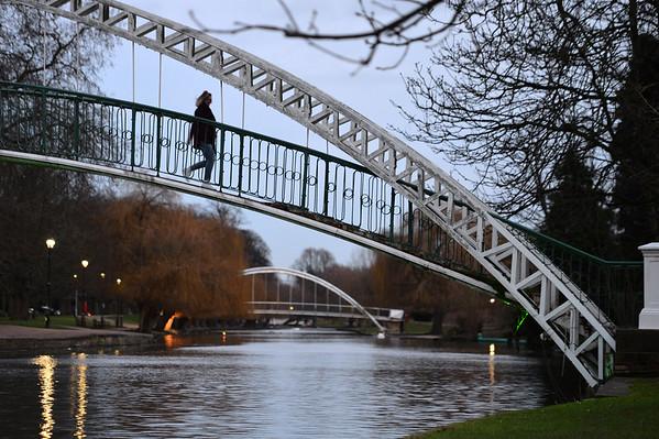 Suspension Bridge : Bedford - January 2018