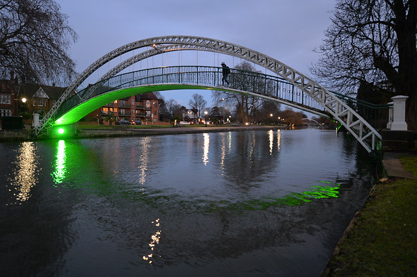 Suspension Bridge : Bedford - January 2018