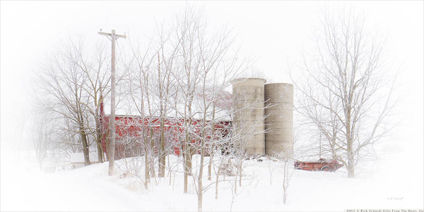 48011 Winter Barn and Spreader 8x16