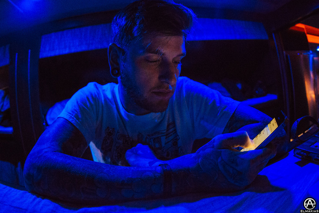IPhone bunk hangs with Neil