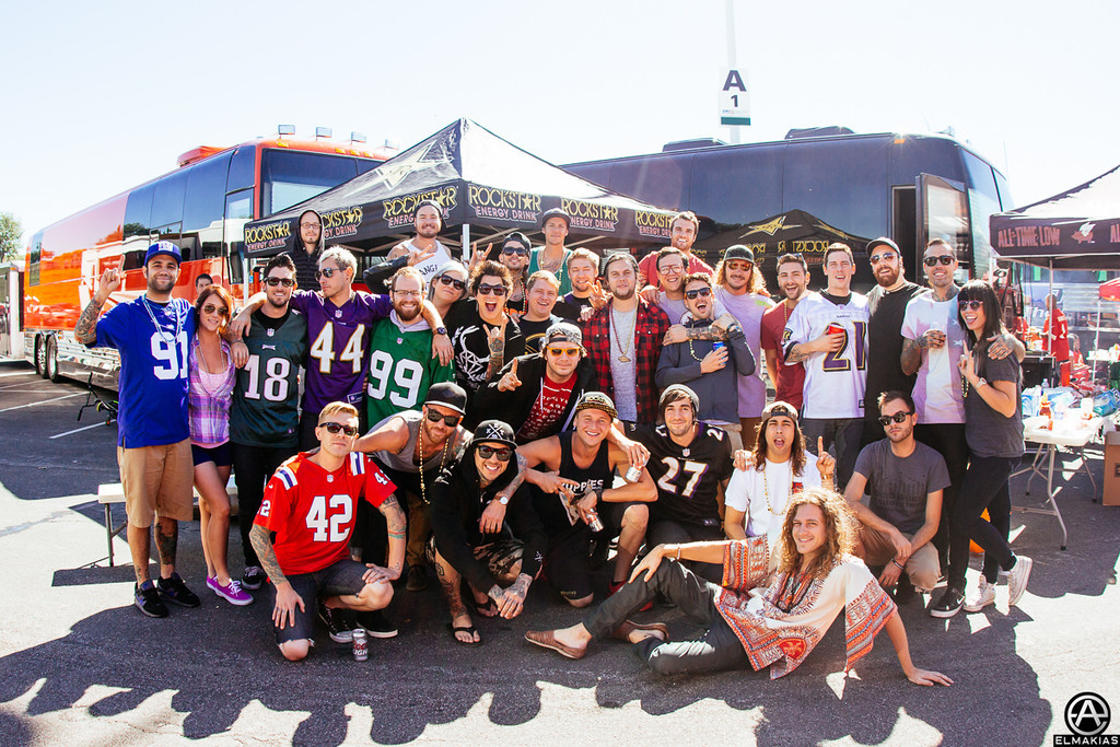 Tailgating crew, Pierce The Veil, All Time Low, The Wonder Years - The House Party Tour
