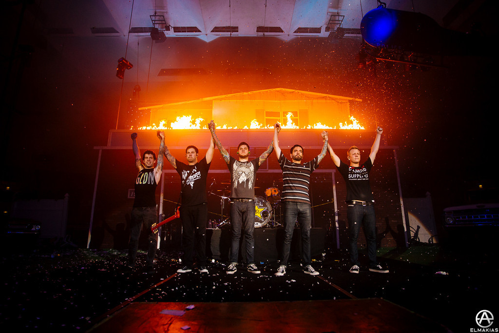 The roof is almost on fire - The House Party Tour