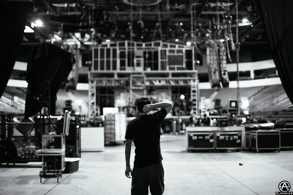 Jeremy McKinnon behind the House Party stage - The House Party Tour