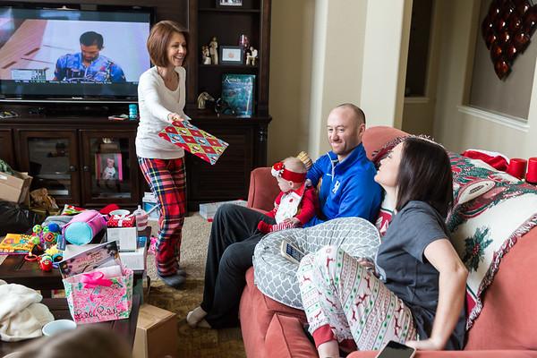 the_White_Family_Christmas_2017-14