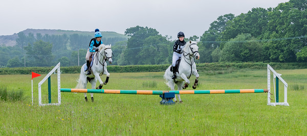Cockington Riding Club Fun Jump Cross Class 3 - 2ft Pairs_016