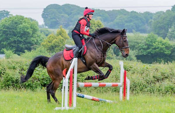 Cockington Riding Club Fun Jump Cross Class 4 - 2ft 3_011