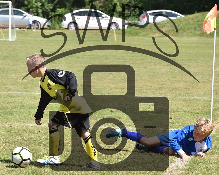Maiden Newton v Bridgwater VPR Hawks U11's00004