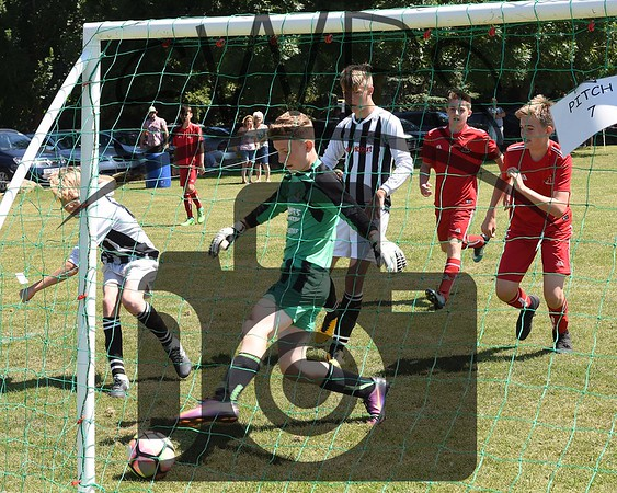 Frome Town v Sherborne Town White U13's00086