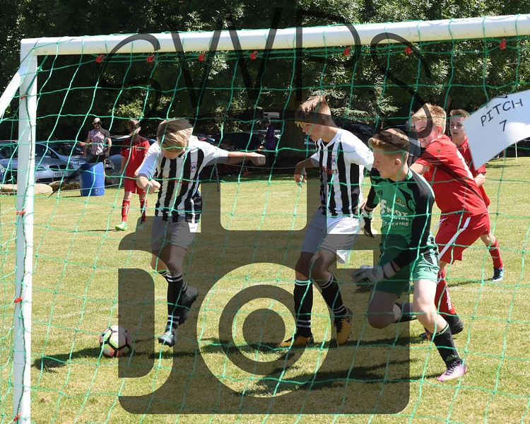 Frome Town v Sherborne Town White U13's00084