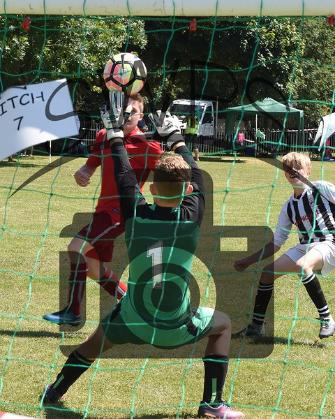Frome Town v Sherborne Town White U13's00078