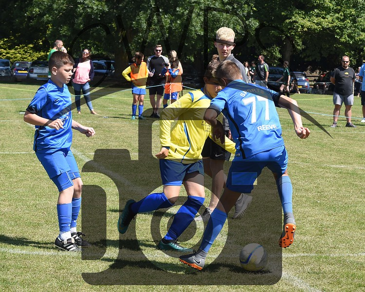 Longfleet Yellow v Portland Sports U13's00016