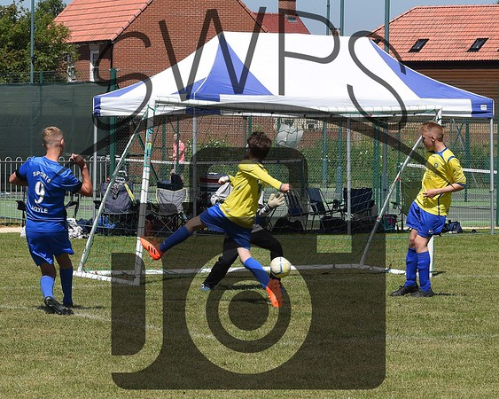 Longfleet Yellow v Portland Sports U13's00036