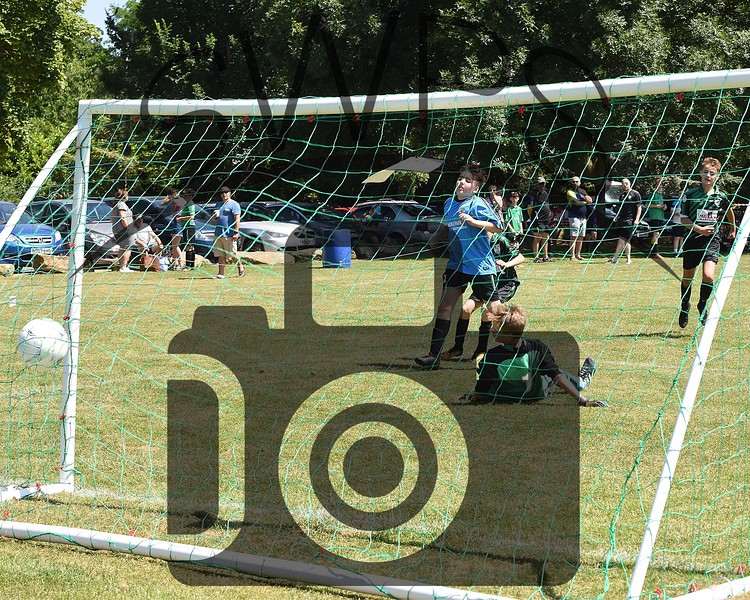 Martock Rovers Black v Maiden Newton Kestrels U13's00117