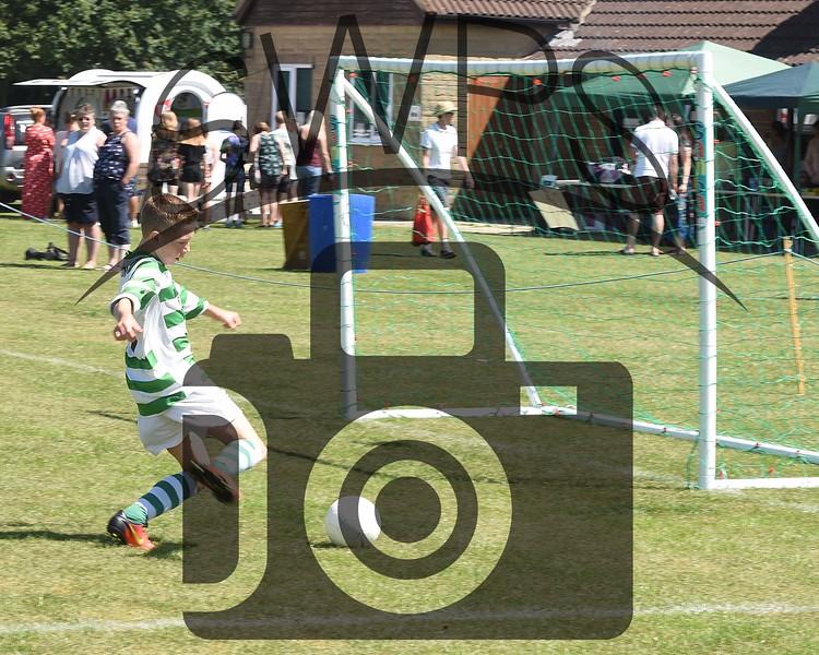 Martock Rovers Green v Pen Mill A U13's00013